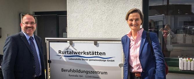 Ralf Noten Patricia Peill Zugast bei den Rurtalwerkstätten der Lebenshilfe Düren gemeinnützige GmbH