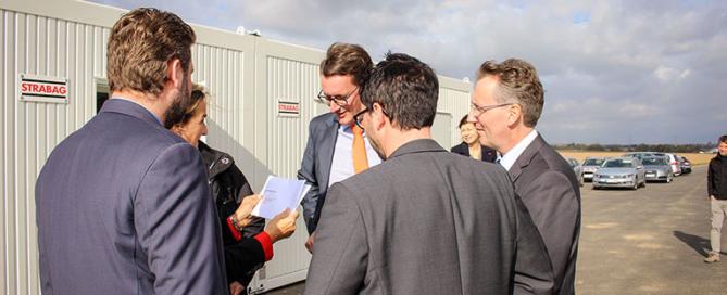 Übergabe #mitPeill an Minister Wüst