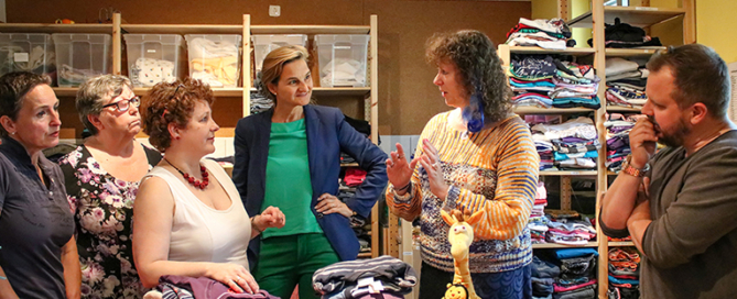 Andrea Milz MdB besucht zusammen mit Dr. Patricia Peill MdL die kleinen Hände e.V. in Jülich